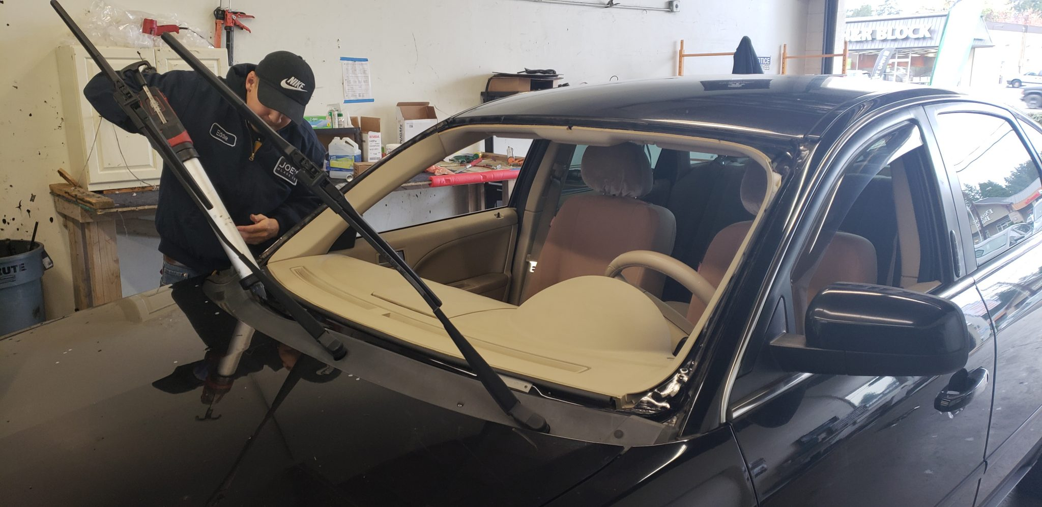 Lynnwood Auto Glass Replacement
