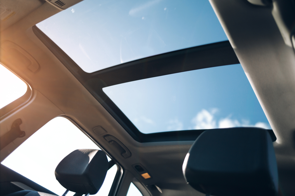 Taking Care Of Your Auto Roof Glass Replacement in Sammamish