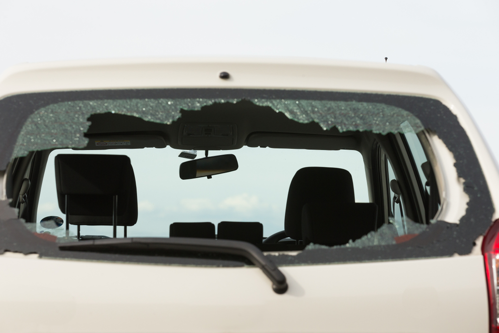 Broken Auto Glass? Call Us For Emergency Auto Back Glass Replacement In Edmonds