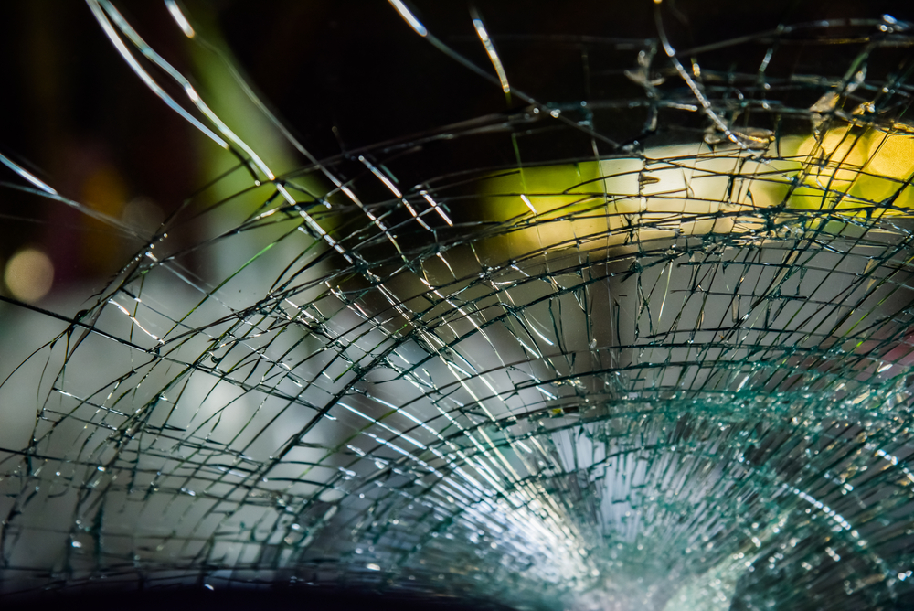 What To Know About Cutting Laminated Glass For Custom Glass Replacement In Mukilteo
