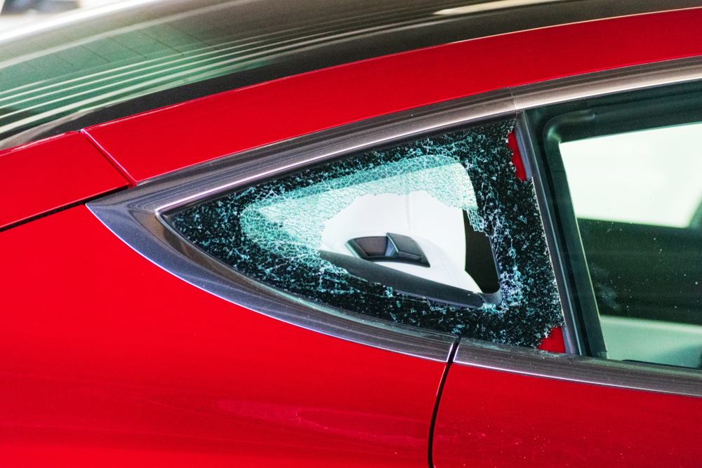 Why You Need a Professional For Your Auto Back Glass Replacement In Edmonds