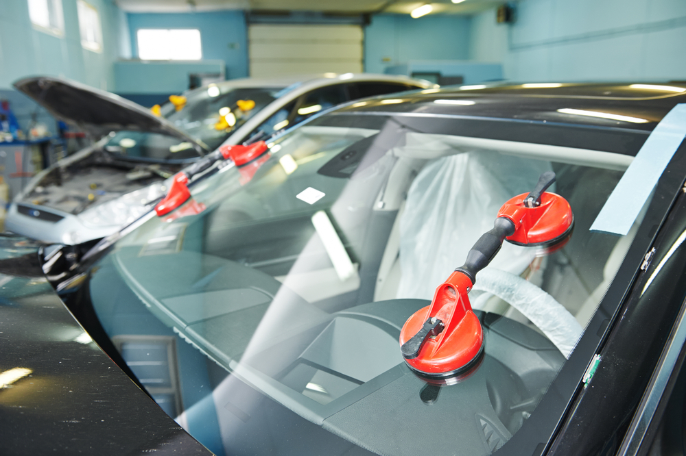What You Need To Know About Your Large 1 Piece Windshield Replacement In Shoreline