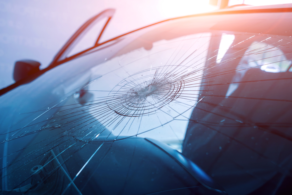 Damaged Windshield? Should You Fix or Have Auto Glass Replacement In Snohomish County?